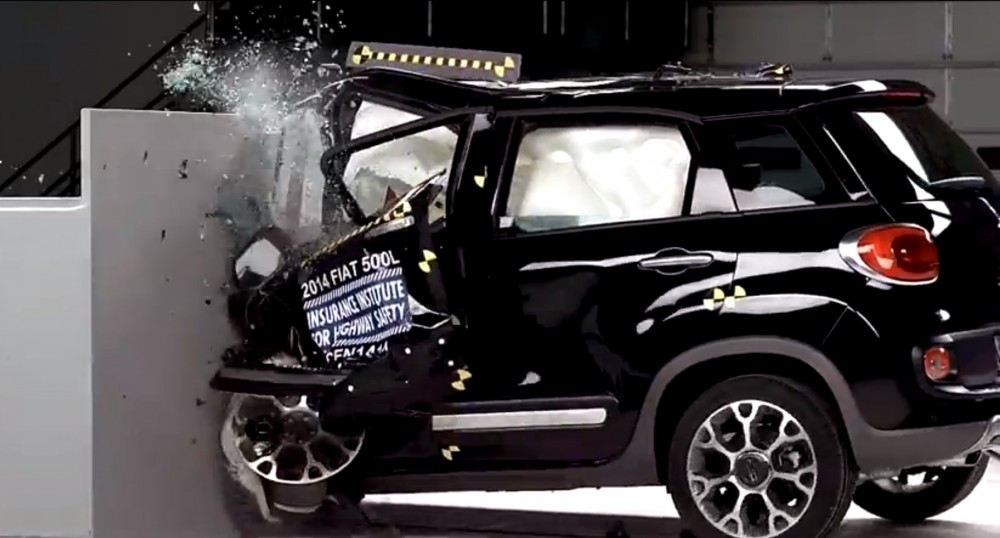 2014-fiat-500l-fails-iihs-crash-test-video-84577_1