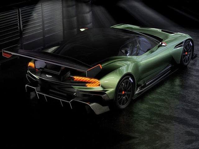 Aston Martin gallito luis