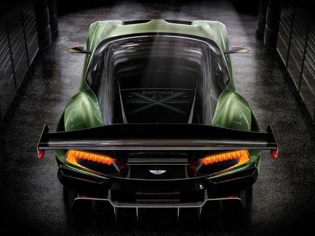 Aston Martin usado gallito luis