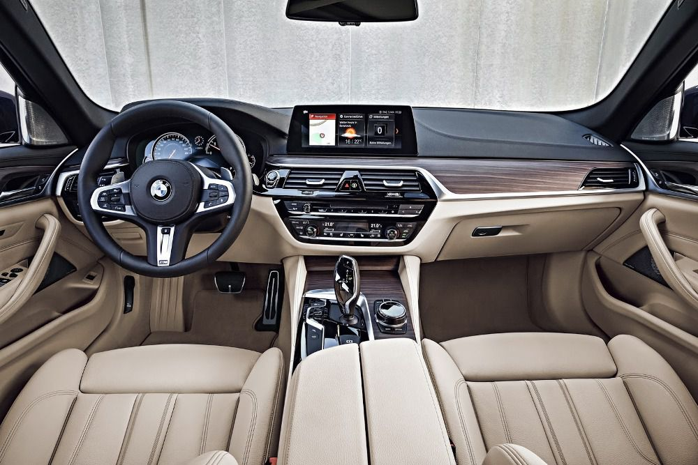 BMW-Serie-5-Touring-2017 (1)
