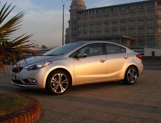 Kia-Cerato-2013-Autos-Gallito-Luis-Test-Drive-Precio-Exterior