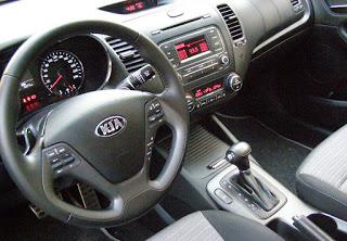 Kia-Cerato-2013-Autos-Gallito-Luis-Test-Drive-Precio-Interior