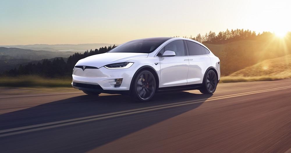 Baile de Elon Musk enloquece las redes